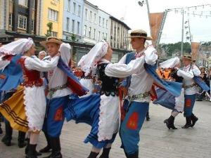 2272287-Polish_folk_dancers_Cork